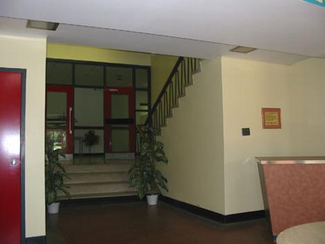 _wsb_470x354_Entrance